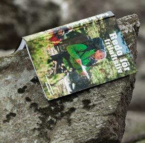 Boken Redo för Friluftsliv är den kompletta guiden för dig som är nybörjare men även full med tips och inspiration för dig som är van vid friluftslivet. Köp den för 149 kr i Scoutshop